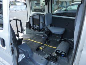 イコールタクシー車両ハイゼット内部